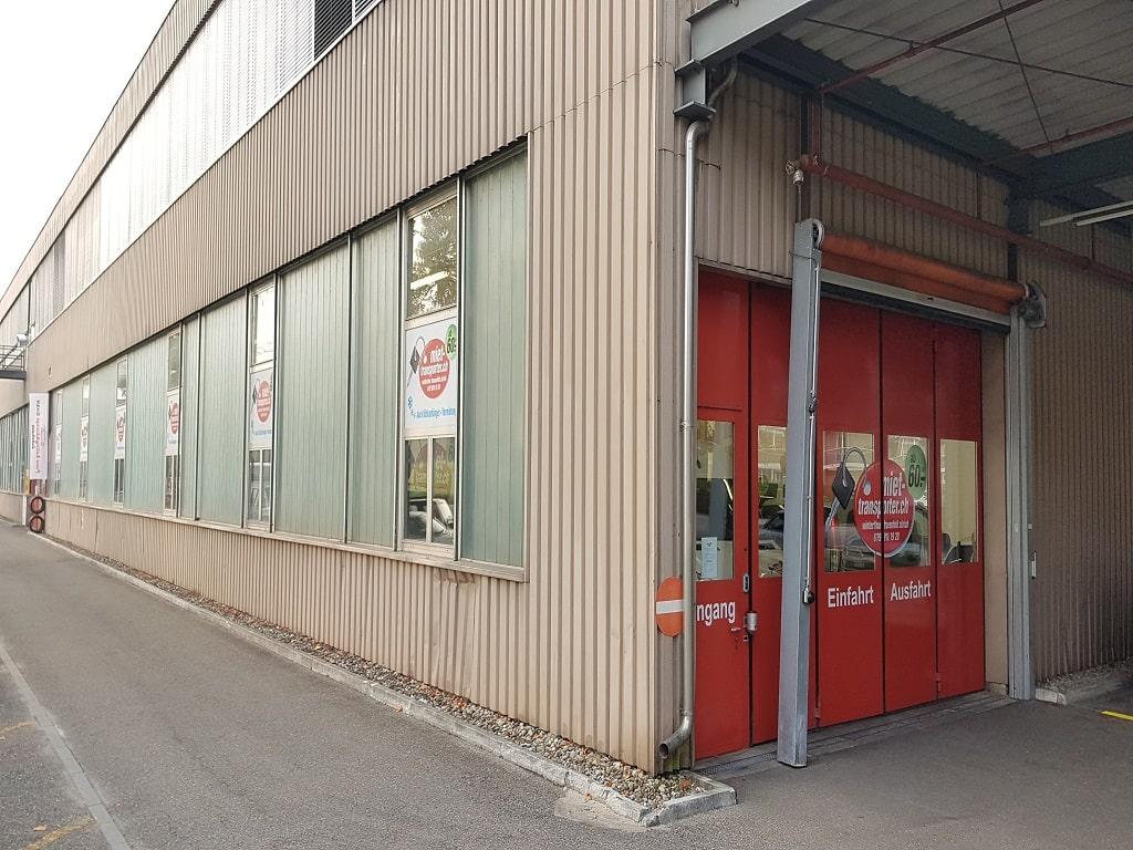 Einstellplatz_Hallenparkplatz_Dietlikon-min